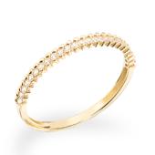 Smuk og enkel ring i sølv forgyldt med zirkoner.